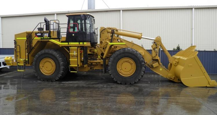Cat Dozer medium distance on concrete