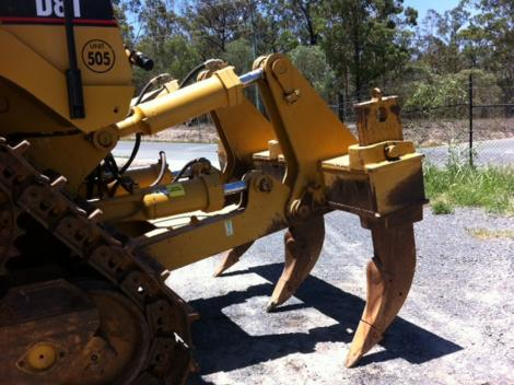 CAT D8T Ripper Group