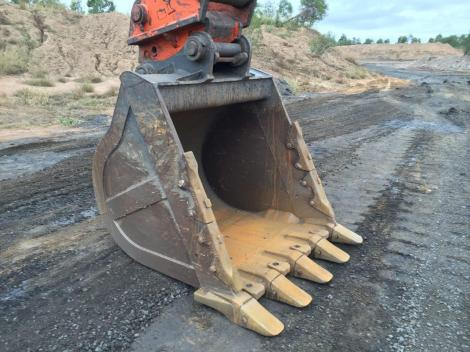 Hitachi ZX470LCH-3 Used Bucket