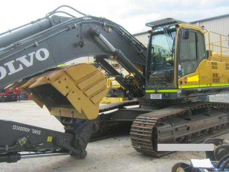 Volvo EX330CL Excavator with Arm Out