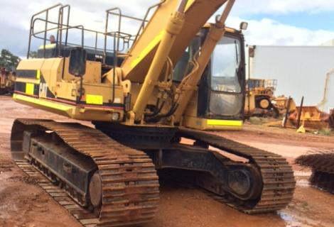 Used Cat 330L Excavator with arm out